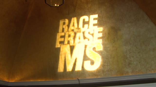 vidéos et rushes de atmosphere at the 20th annual race to erase love to erase on 5/3/13 in los angeles, ca . - gomme