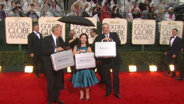 atmosphere at the 67th annual golden globe awards arrivals part 3 at beverly hills ca - ゴールデングローブ賞点の映像素材/bロール