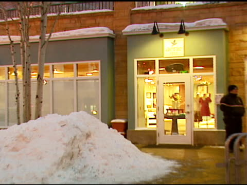 atmosphere at the aerie spa at the village at the lift in park city, utah on january 18, 2007. - カナダ ビクトリア市点の映像素材/bロール