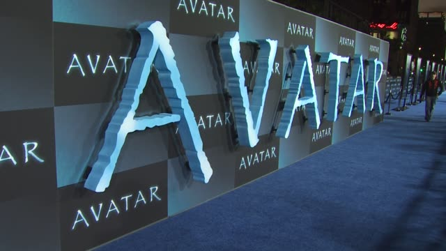 Atmosphere at the 'Avatar' Premiere at Hollywood CA