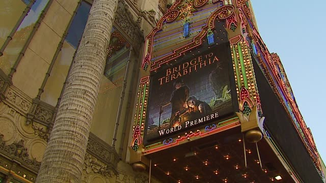 atmosphere at the 'bridge to terabithia' premiere at the el capitan theatre in hollywood, california on february 3, 2007. - el capitan theatre stock videos & royalty-free footage