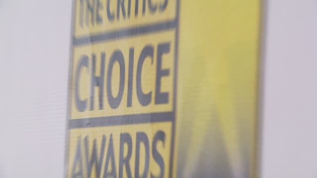 atmosphere at the broadcast film critics association's 2007 critic's choice awards at santa monica civic auditorium in santa monica, california on... - broadcast film critics association stock videos & royalty-free footage