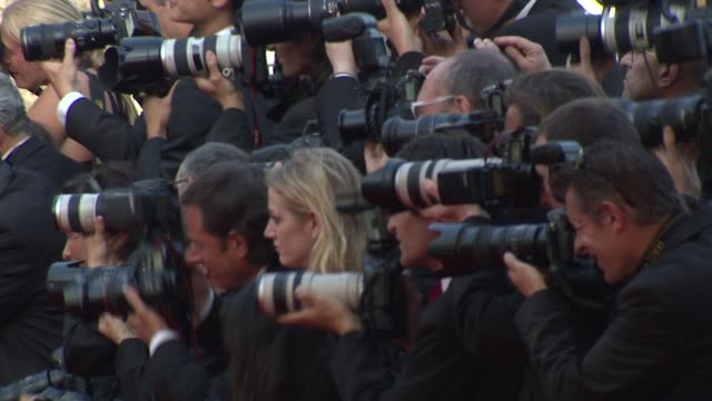 atmosphere at the cannes film festival 2009 visage face steps at cannes - 62 ° festival internazionale del cinema di cannes video stock e b–roll