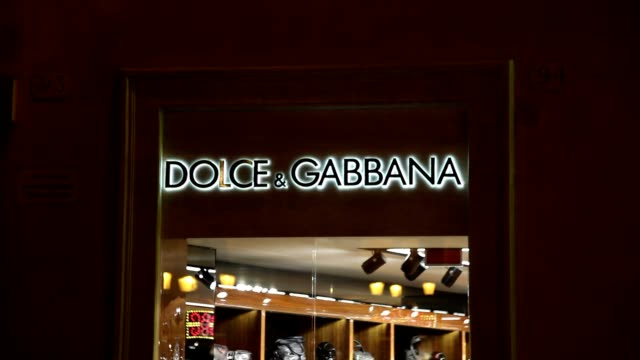 atmosphere at the dolce and gabbana store. rome christmas shopping general views at spanish steps on december 22, 2011 in rome, italy - dolce & gabbana stock videos & royalty-free footage