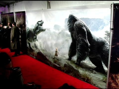 Atmosphere at the 'King Kong' New York Premiere at Loews EWalk and AMC Empire Cinemas in New York New York on December 5 2005