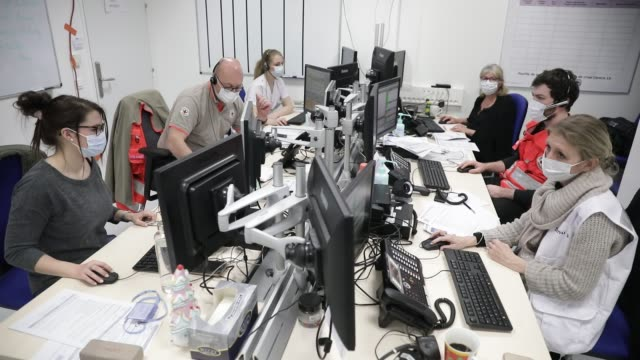 atmosphere at the metropole savoie hospital center during the coronavirus health crisis on march 26 2020 in chambery france doctors and medical staff... - emergency medicine stock videos & royalty-free footage