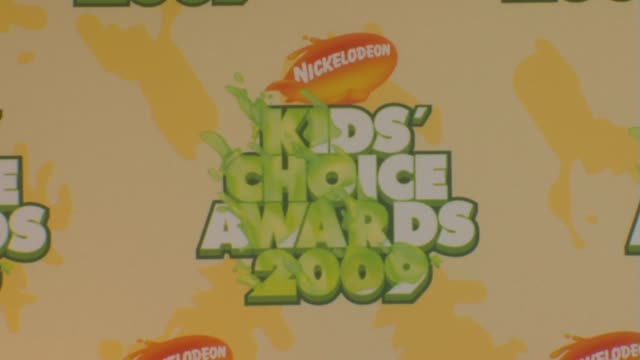 atmosphere at the nickelodeon's 22nd annual kids' choice awards at los angeles ca. - nickelodeon stock videos & royalty-free footage