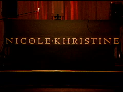 atmosphere at the nicole khristine jewelry launch featuring dj am, grandmaster flash and macy gray performing the first ever turntable symphony at... - メイシー グレイ点の映像素材/bロール
