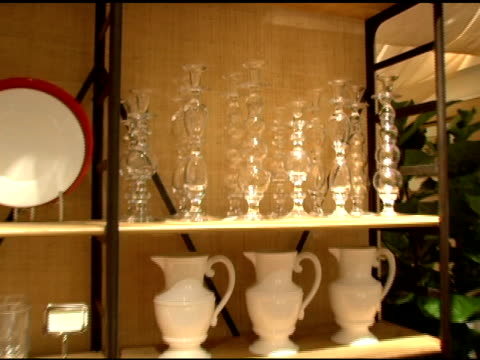 atmosphere at the opening of their new williamssonoma home store at williamssonoma store in beverly hills california on september 29 2005 - williams sonoma stock videos & royalty-free footage