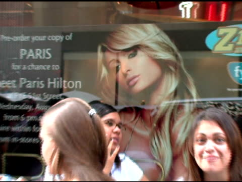 atmosphere at the paris hilton cd signing at 51st street fye in new york new york on august 16 2006 - paris hilton stock videos & royalty-free footage