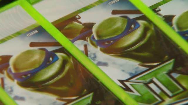 atmosphere at the 'teenage mutant ninja turtles' world premiere at grauman's chinese theatre in hollywood, california on march 17, 2007. - teenage mutant ninja turtles stock videos & royalty-free footage