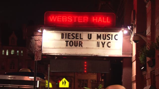 umusic tour hits nyc at new york ny - popular music tour stock videos & royalty-free footage