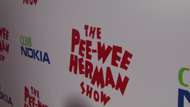 vídeos de stock, filmes e b-roll de atmosphere at the 'the peewee herman show' opening night at los angeles ca - espetáculos de variedade