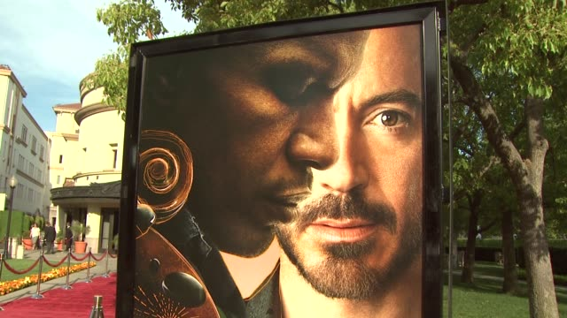 atmosphere at the 'the soloist' premiere at los angeles ca. - soloist stock videos & royalty-free footage