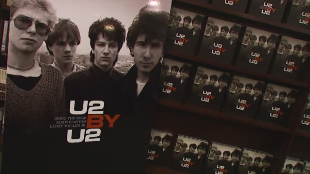 Atmosphere at the U2 Signs Copies of Their New Book 'U2 by U2' at Barnes Noble Union Square in New York New York on September 26 2006
