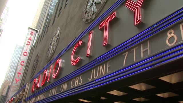 radio city music hall at the 63rd annual tony awards red carpet at new york ny - radio city music hall stock videos & royalty-free footage