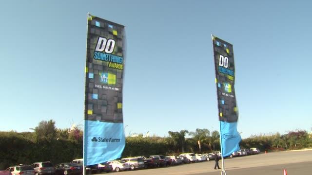 signage at 2012 do something awards on 8/19/12 in santa monica, ca. - ドゥーサムシング点の映像素材/bロール