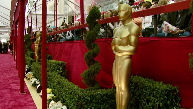 the red carpet at the 2008 academy awards at the kodak theatre in hollywood california on february 24 2008 - atmosfär råmaterial bildbanksvideor och videomaterial från bakom kulisserna