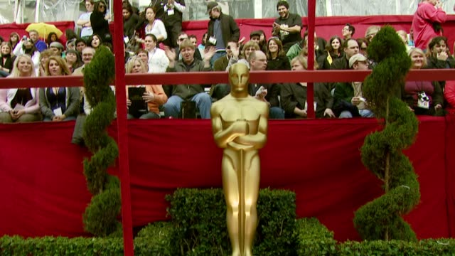 vídeos y material grabado en eventos de stock de the red carpet at the 2008 academy awards at the kodak theatre in hollywood, california on february 24, 2008. - ambientación