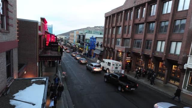 vidéos et rushes de atmosphere time lapse at bing bar sundance 2012 - day 2 on 1/20/12 in park city, ut - park city utah