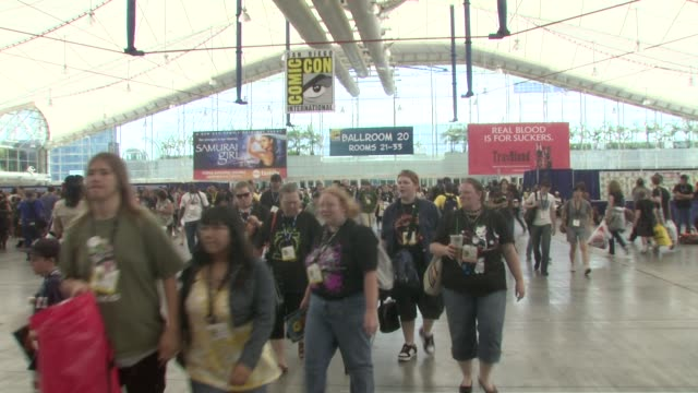 Atmosphere UGO ComicCon 2008 at the ComicCon 2008 at San Diego CA