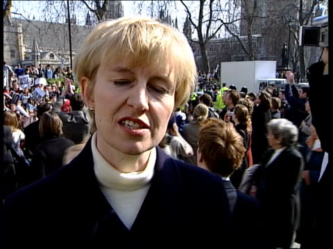 attack on iraq begins nat special itn england london westminster ext cms bus halted by antiwar demonstration pull out protestors mainly students and... - 2003 stock videos and b-roll footage