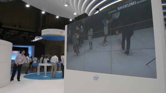 attendees try out intel corp big screen gesture control at the ceatec japan 2013 exhibition in chiba city japan on wednesday oct 2 an attendee trys... - computer game control stock videos & royalty-free footage