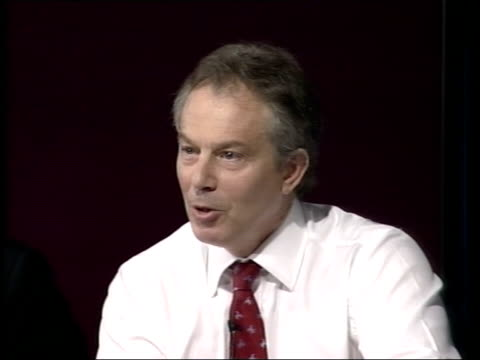 attorney general advice on iraq war published tony blair soundbite sot this socalled smoking gun has turned out to be a damp squib - generalstaatsanwalt stock-videos und b-roll-filmmaterial