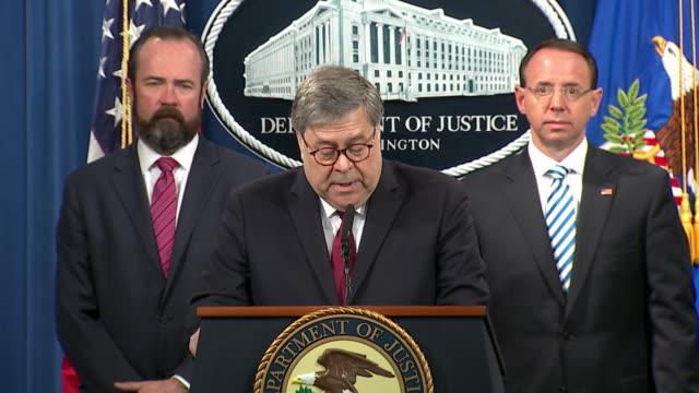 vidéos et rushes de attorney general william barr reads that the òinvestigation did not establish that members of the trump campaign conspired or coordinated with the... - united states and (politics or government)