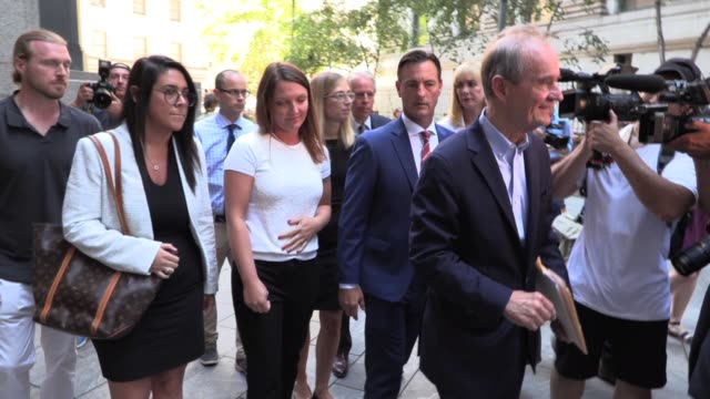 attorney's david boies and bradley edwards with two of the alleged victims of jeffrey epstein appear after his bail hearing at sdny court in manhattan - 性的暴行点の映像素材/bロール