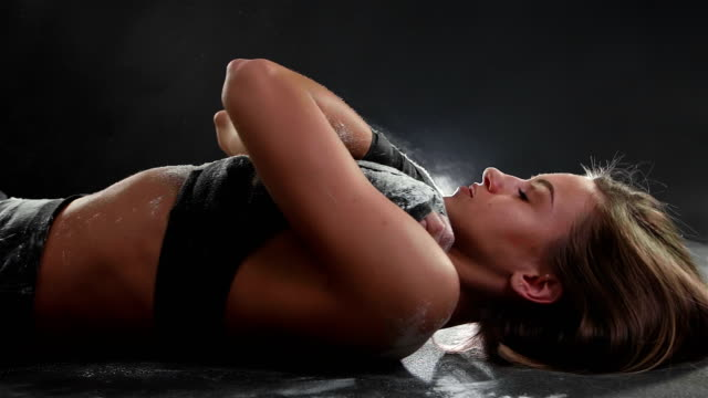 attractive female athlete doing sit-ups - sit ups stock videos & royalty-free footage