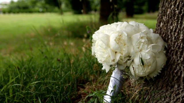 attractive wedding bouquet flower arrangement - flower arrangement stock videos & royalty-free footage