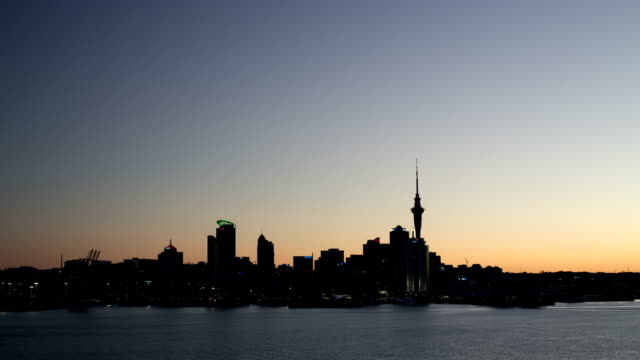 TIME LAPSE: Auckland Skyline Dusk to Night