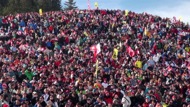 WS Audience at ski race at wengern alp / Wengen, Bernese Oberland, Switzerland