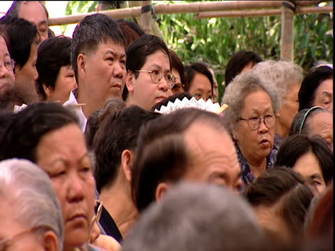 audience waiting for chinese theatre to begin hong kong - human face stock videos & royalty-free footage