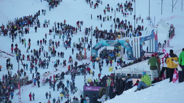 ws audience  walking at lauberhorn ski race / wengen, bernese oberland, switzerland                   - winter sport stock videos & royalty-free footage
