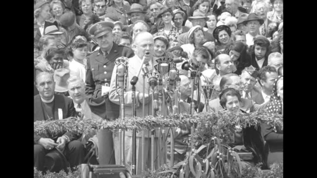 [audio not synchronized] san francisco mayor elmer robinson delivers speech honoring and introducing general douglas macarthur outside san francisco... - general macarthur stock videos and b-roll footage