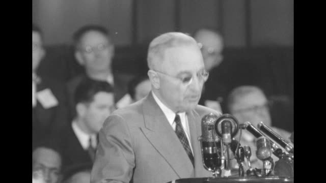 "[audio not synchronized] sot pres. harry truman speaks at the oakland civic auditorium as he campaigns for the democratic party: ""now this decision... - harry truman stock videos & royalty-free footage"