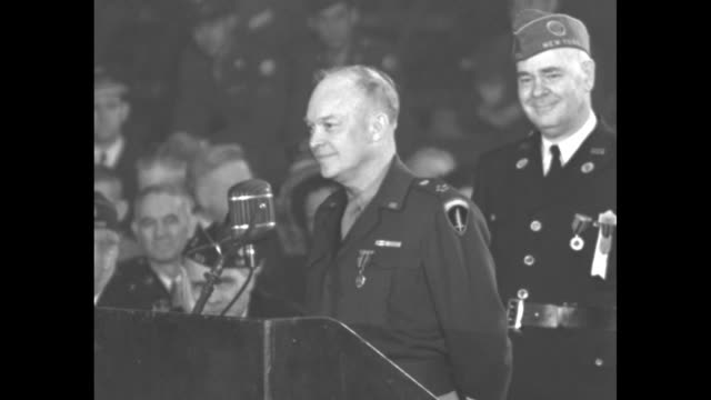 [audio not synchronized] sot us gen dwight eisenhower continues remarks at the american legion convention in chicago as he thanks the legion for his... - スクラム点の映像素材/bロール