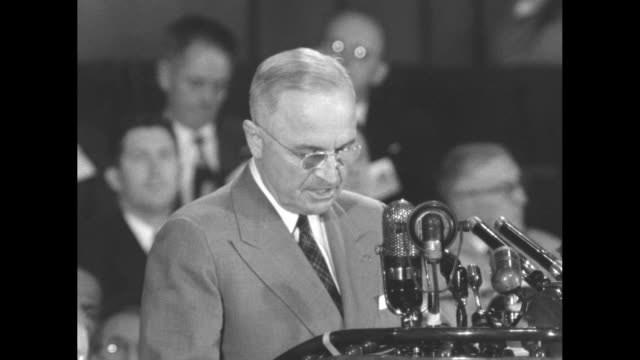 [audio not synchronized] vs sots pres harry truman during campaign appearance at the oakland civic auditorium for democratic presidential candidate... - adlai stevenson ii stock videos and b-roll footage