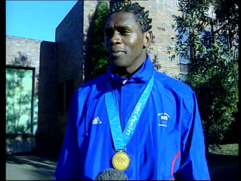 audley harrison interview sot all those young kids who get discouraged from boxing by parents or peer pressure this is what your dream could lead to... - 表す点の映像素材/bロール