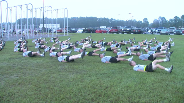 august 19 2008 zi army soldiers performing morning exercises / fort stewart georgia united states - fort stewart stock videos & royalty-free footage