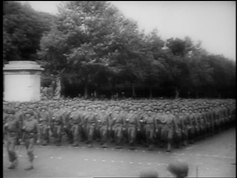 b/w august 1944 wide shot crowd of soldiers marching in formation / paris liberation / documentary - 1944 stock videos and b-roll footage