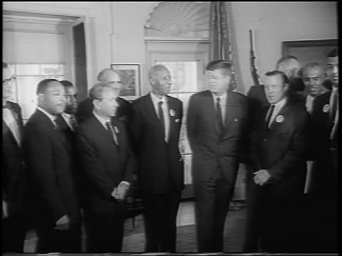 vídeos de stock e filmes b-roll de b/w august 28 1963 mlk other civil rights leaders with jfk lbj after march on washington - 1963