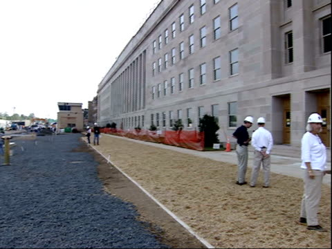 august 30, 2002 montage hardhat workers conversing at pentagon reconstruction site / washington, d.c., united states - the pentagon stock videos & royalty-free footage
