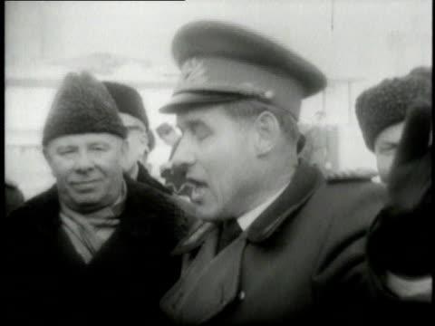 vídeos de stock, filmes e b-roll de august 31 1961 montage nikita khrushchev visiting east berlin / berlin germany - east berlin