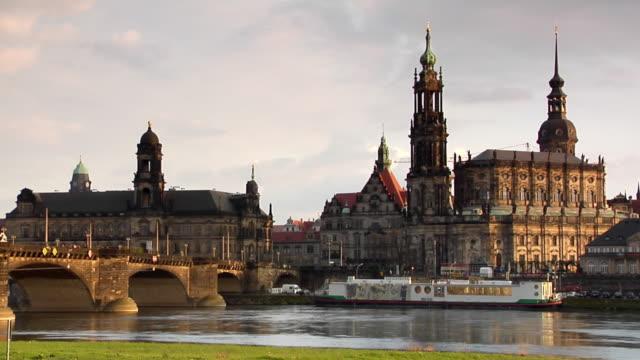 ws, augustus bridge and katholische hofkirche, dresden, germany - hofkirche stock videos & royalty-free footage