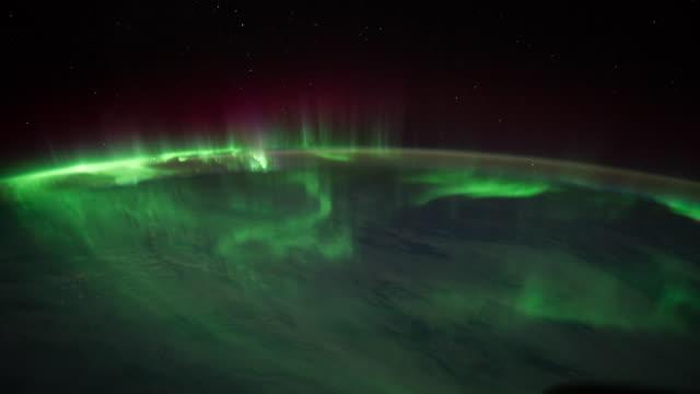 aurora australis over the indian ocean time lapse - aurora polaris stock videos & royalty-free footage