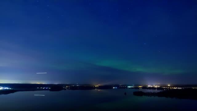 stockvideo's en b-roll-footage met aurora borealis - noord