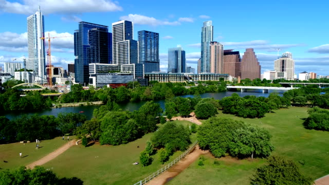 Austin Texas USA boven Auditorium oevers Park Downtown zomer luchtfoto